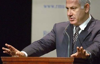Netanyahu: ready to fight his political opponents, not the real enemy