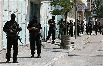 Hamas men controlling Gaza - ready to use arms against own civilians