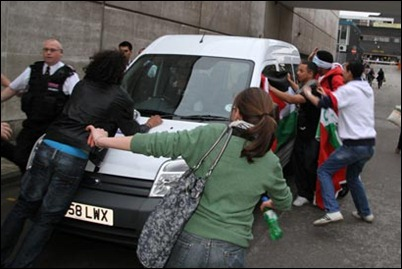 Palestinian activists attack Lador's vehicle